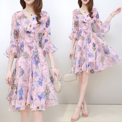 2020夏季新款女装韩版时尚修身V领荷叶袖印花雪纺显瘦仙女连衣裙